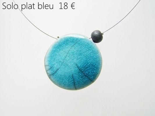 acheter ce collier bleu en céramique raku