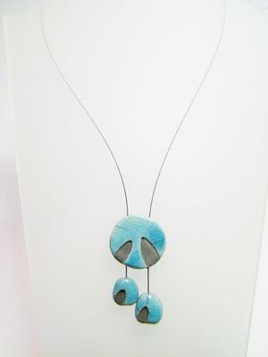 Collier bleu en céramique raku