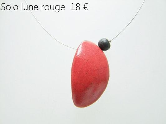 fiche detaillee du collier lune rouge en ceramique raku