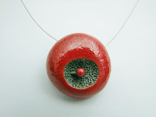 collier rond rouge