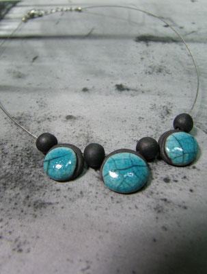 collier craquelée en raku