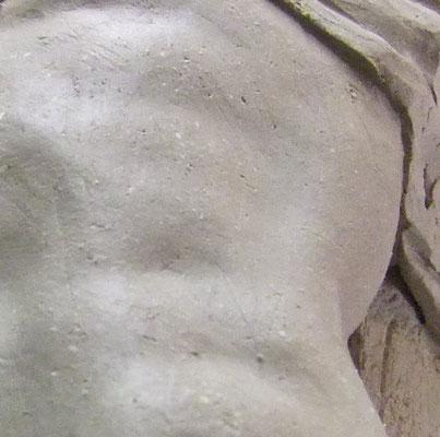 détail de modelage de sculpture