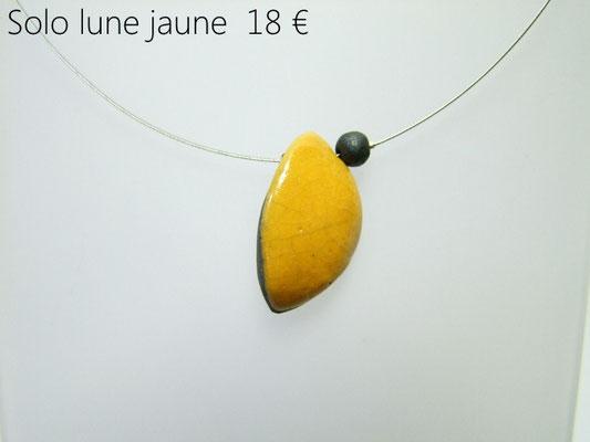description du collier lune jaune en raku
