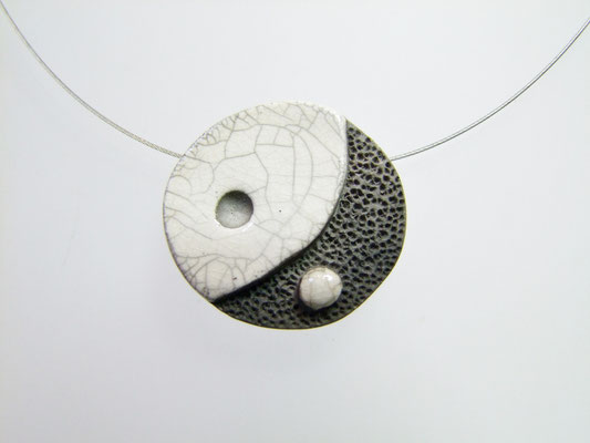 collier ying yang