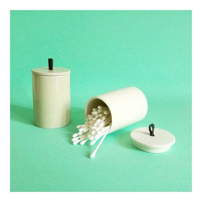 MIL - Porzellandosen mit Griff aus Leder