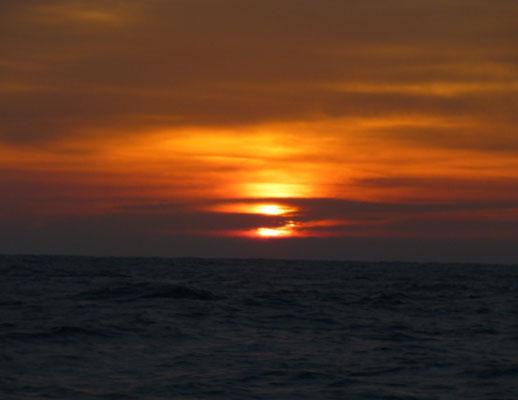 1月4日初釣りの日の出