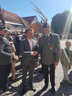 Mit Bürgermeister Dirk Becker