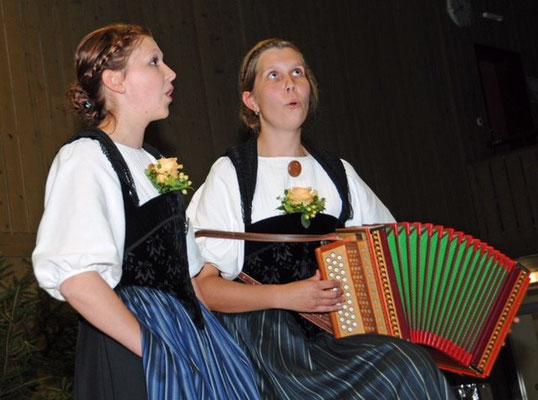 Duett Nadia Hofer und Regula Gerber-Hofer