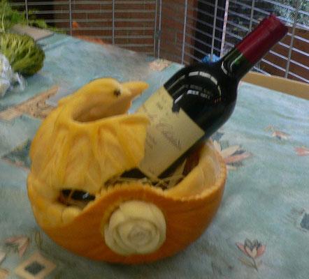 Corbeille à vin en Potiron sculpté en oiseau - 65 €