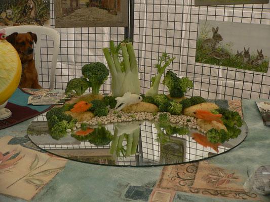 Décor aquarium avec poisson exotiques en carottes et radis blanc -40€
