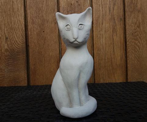 Chat égyptien - en terre blanche