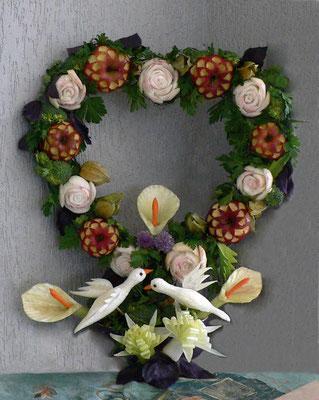 Coeur de fleurs avec colombes pour mariage - 70 €