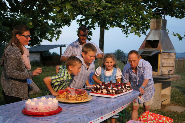 Happy Birthday ihr Lieben!