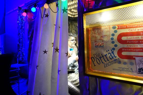 Themenparty mit dem Kunstautomat, Karikaturist, Firmenfeier