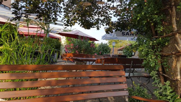 Restaurant in Vaihingen an der Enz, Steakhaus in Illingen, Restaurant in Mühlacker bietet viel Platz für Hochzeiten, runde Geburtstag und Firmenevents. Restaurant Enzkreis für Jubilare, Sommerfesten, Messe und Seminare / Tagungen und Biergarten.