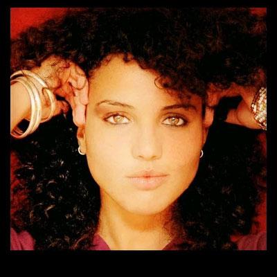Pop und Rock Sängerin in Dortmund Hochzeitssängerin Nora Ferjani für jeden Anlaß wie Hochzeit, Geburtstage oder ein Firmenevent fasziniert sie mir Ihrer wunderbaren Stimme. Schon Dieter Bohlen hat sie gelobt und eine grandiose Karriere prognostiziert!