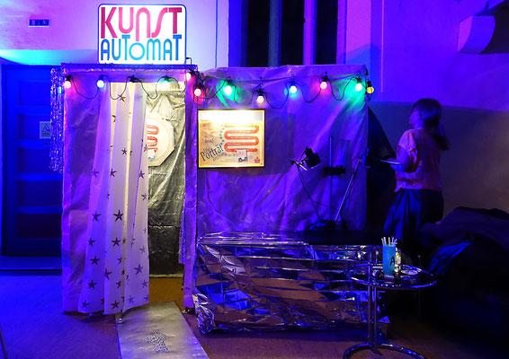 Themenparty mit dem Kunstautomat, Karikaturist, Weihnachtsfeier