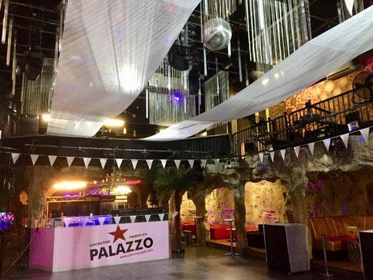 Palazzo Tanzschule - Modeschau AWG - buchen Sie Ihr Rahmenprogramm aus Künstlern aller Kunstrichtungen und Preise. Beste Unterhaltung für Ihren Event wie Geburtstag, Hochzeit und Firmenfeier. Erstklassige Künstler mit Rang und Namen zu guten Preisen.