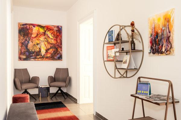 Interieur Therapiepraxis Graz, S. Papst @ Michael Schnabl - Wandbilder: Karin Wimmer