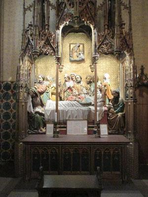 Der Maria-Schlaf-Altar aus dem 15. Jahrhundert ist eines der hervorragenden Werke im Dom.
