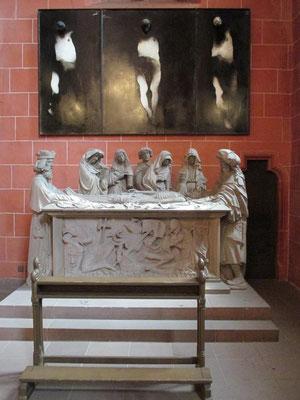 Heiliges Grab (1435 gestiftet) in der Magdalenenkapelle. Durch die unscheinbare Tür rechts gelangt man in die Wahlkapelle, Ort der Königswahlen.