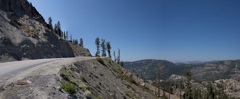 Nur noch einmal über den Berg, dann gehts nur noch bergab bis San Francisco. Kalifornien, USA 9/2014