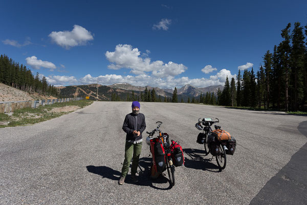 On top of the Monarch Pass. 3,448 m elevation. The highest pass of our bike trip across the USA. 8/2014
