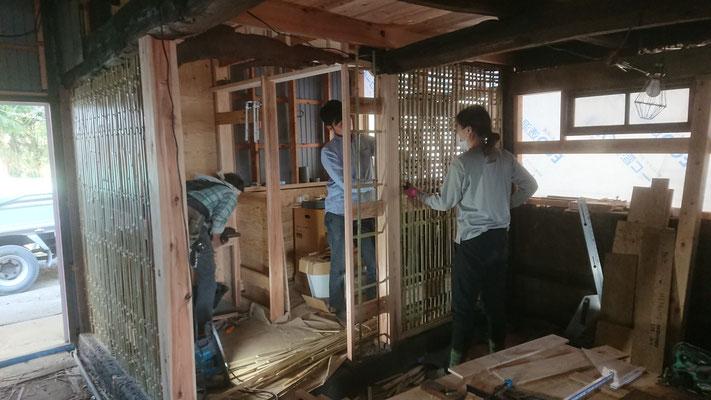 土壁のための竹小舞掻き