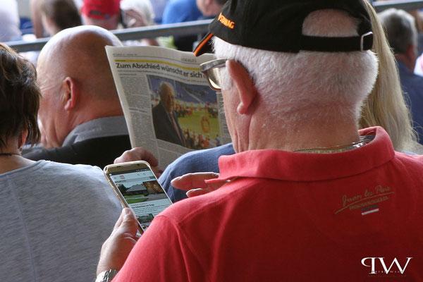 CHIO Aachen 2017 - Klassische Tageszeitung oder Handy für Infos nutzen?/Aachen - Turniergelände