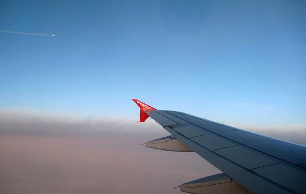 Über den Wolken - Flug Köln/Palermo - 2011