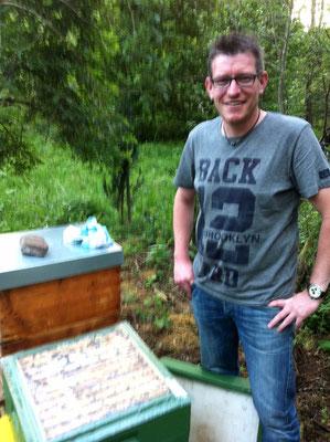 Hier noch einmal Stefan vom Bienenzuchtverein Daaden