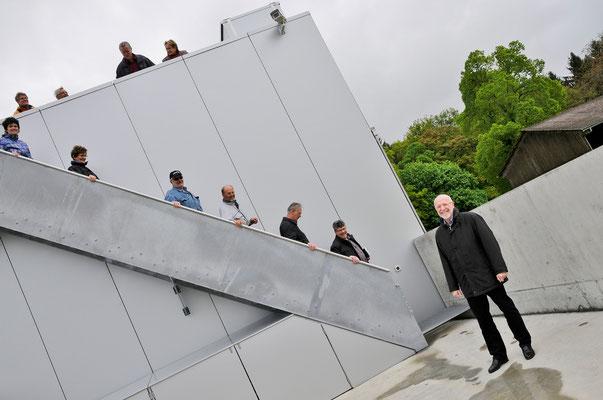 Rückkehr vom Segensgebet auf dem Dach der Sternwarte