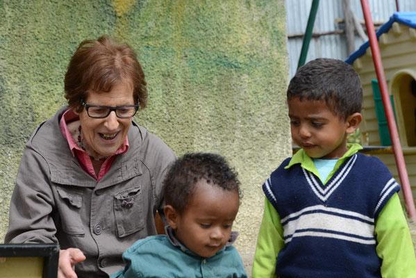 Unsere Schule mit Madame Bernadette HAÏLÉ-FIDA