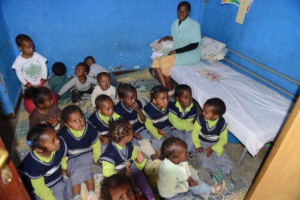 Schulhaus für die Waisenkinder