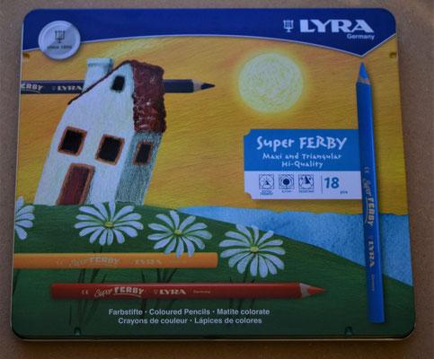 Lyra super Ferby. Blik met 18 driekanters. Ideaal voor kinderen om ook goed de pengreep te oefenen.