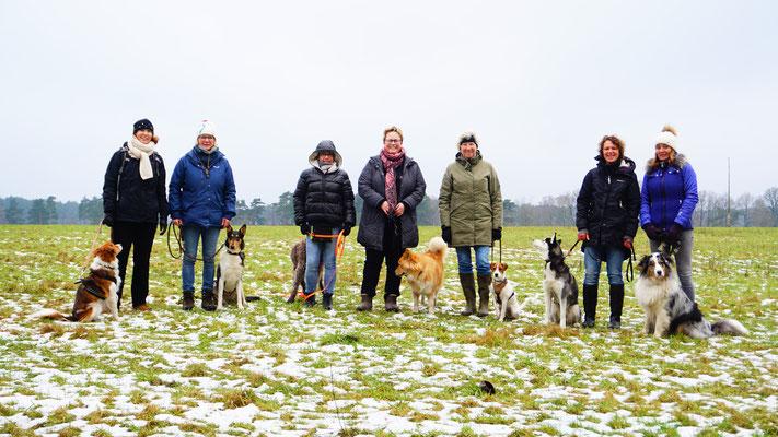 Gruppenfoto Hundewanderung mit Lerneffekt Januar 2018