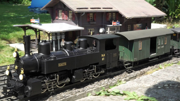 RhB Dampflok G 2 x 2/2 Nr.21 auf Fahrt