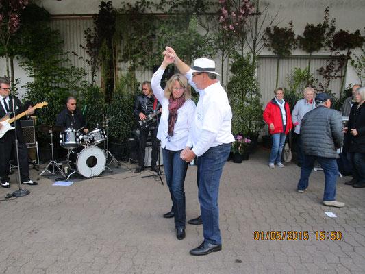 Buddy & The Cruisers - Sabine und Jürgen tanzen  Disco-Chart