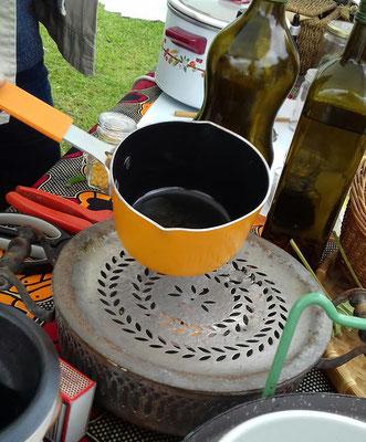 La fabrication du baume à la bougie d'une ancienne chaufferette !