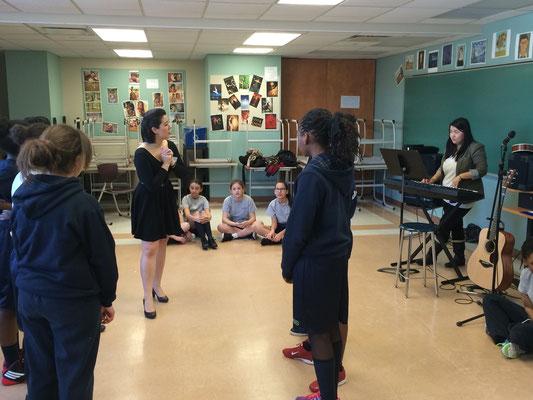 Atelier d'improvisation musicale avec Mme Briand et Mme Desrosiers (anciennes élèves)