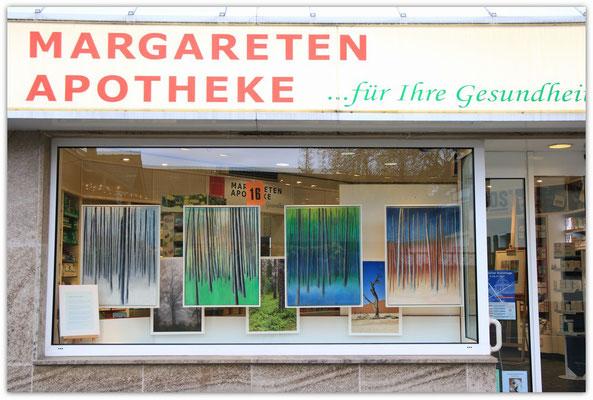 Foto: Udo Funk ++ Ausstellungsort Nr. 16 > Margarethen Apotheke > Peter Hentschel