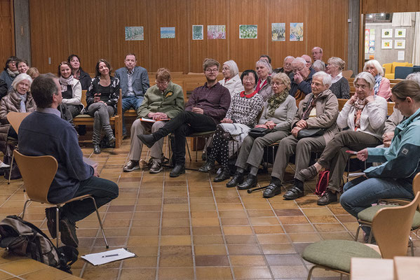 Foto: Ralf Kardes -- Das Philosophische Café mit Markus Melchers