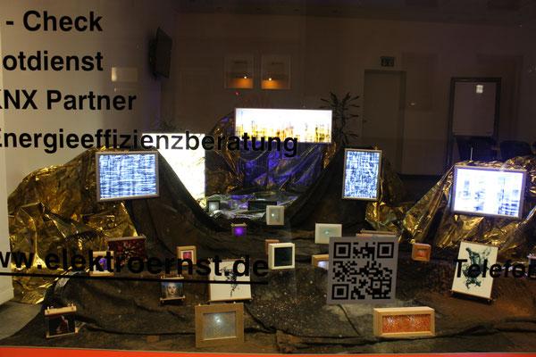 Foto: Seona Sommer ++ Ausstellungsort Nr. 6 > Elektro Ernst > Przemek Nowak