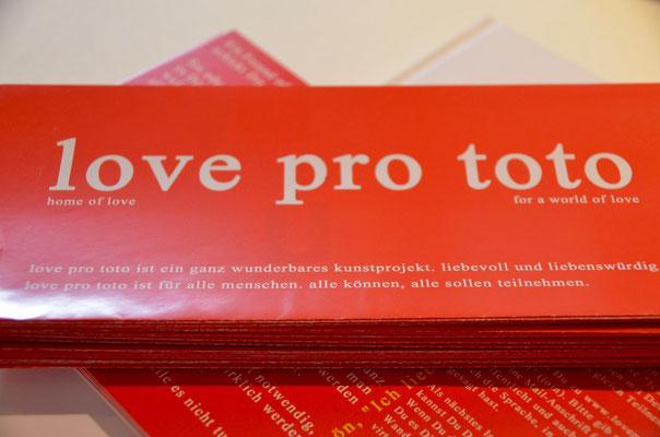 Foto: Martina Veith -- 2. Kunstspaziergang ++ Ausstellungsort Nr. 27 > Café HeartBeat > Volker Hildebrandt