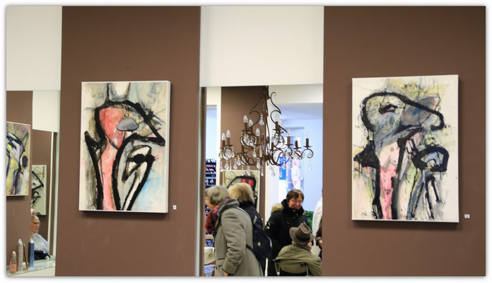Foto: Udo Funk -- 2. Kunstspaziergang ++ Ausstellungsort Nr. 11 > Rychlewicz Haaratelier > Franz Wieland