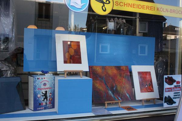 Foto: Seona Sommer ++ Ausstellungsort Nr.  36 > Textilpflege Buchholz > Anke Spennhoff