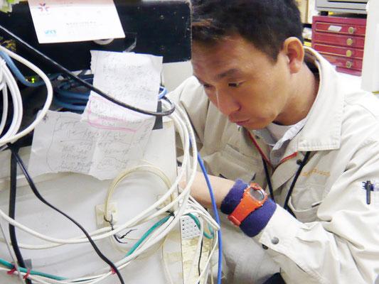 新潟県の通信機器工事会社の技術者