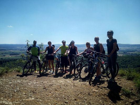 Sponti Gruppe auf Tour zum Hohenstein, Süntel