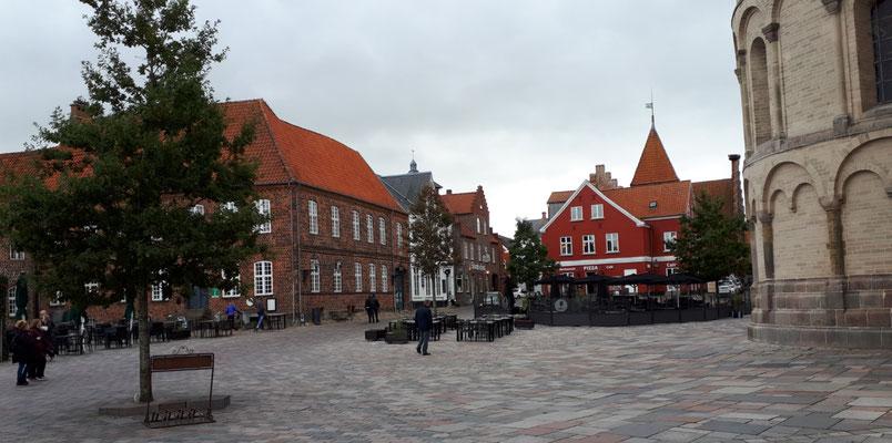 Hauptplatz am Dom