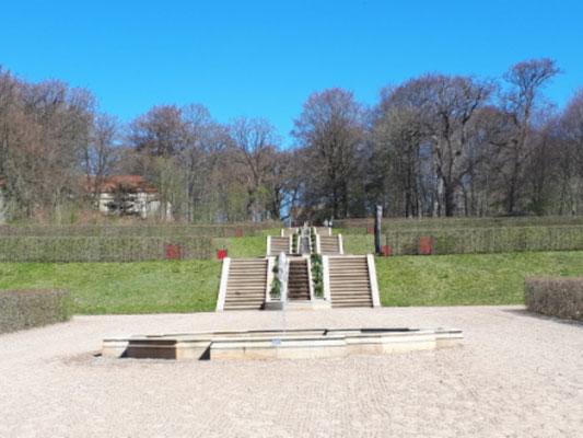 Der Barockgarten, noch hat sich der Frühling nicht durchgesetzt